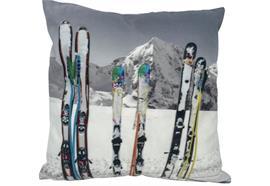 Kissen mit Ski Motiv  mit Reisverschluss  Grösse: 40cmx40cm  Digitaldruck einseitig
